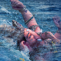 गणेश महोत्सव: आखिर क्यों विसर्जित करते हैं गणेश जी को पानी में?